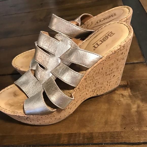 65e9e9948612 Born Shoes - Born 7 EU 38 Gold Metallic Gold Cork Wedge Slide